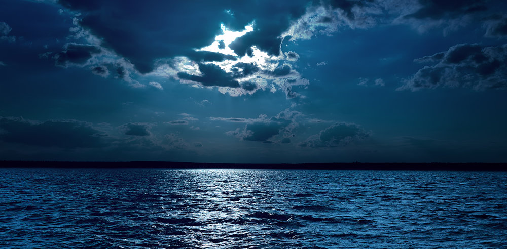 shutterstock_165204344-moon_over_dark_waters-1500x738.jpg
