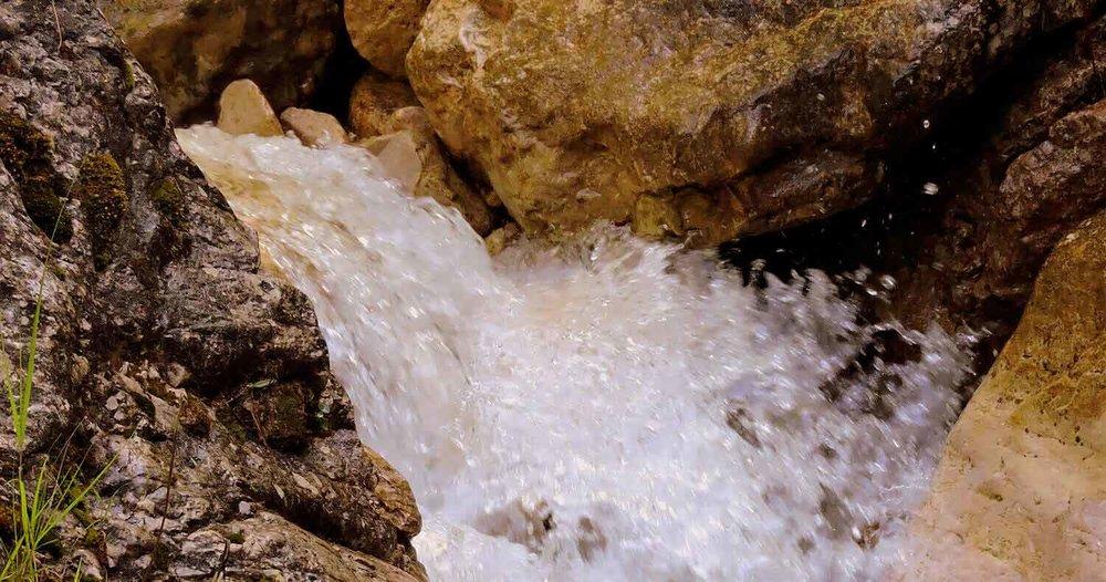 waterfall-1595964-Pixabay-1500x7891.jpg
