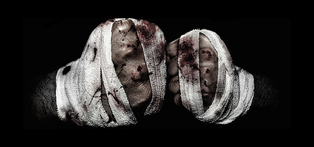 Flickr-bloody_fists_bareknuckle_wrapped-CC_BY-SA_20-1500x702.jpg