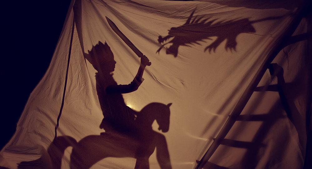 shutterstock_578902873-fantasy_boy_playing_dragon_prince-1500x812.jpg