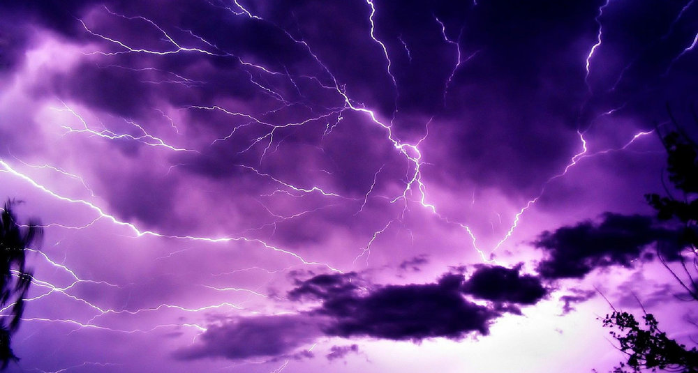 Flickr-lightning_storm_night-CC_BY-SA_20-1500x802.jpg