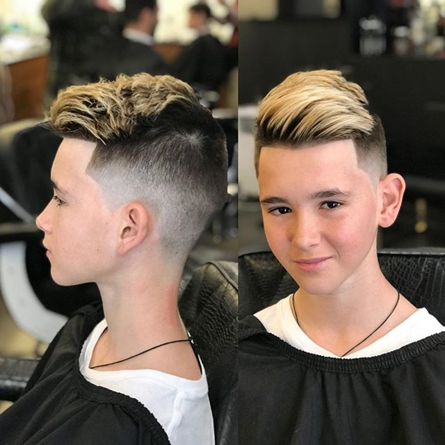 #barbershopconnect #straighthair #razor #blade #coolkids #barberlife #barcelona