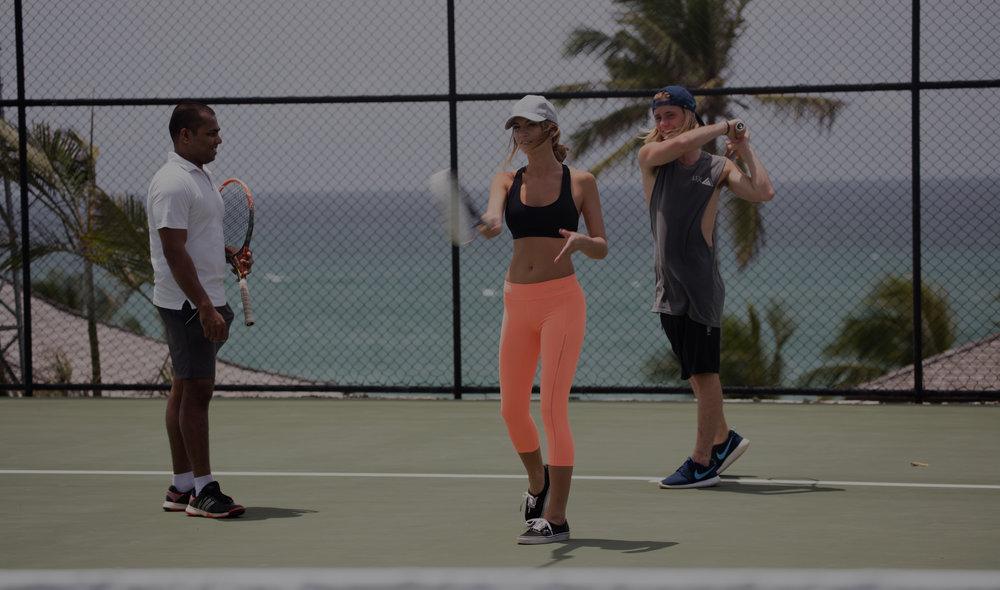 تصور منشآت الصحة واللياقة البدنية وملاعب التنس والمطابخ التعليمية – فقط لأجلك. -