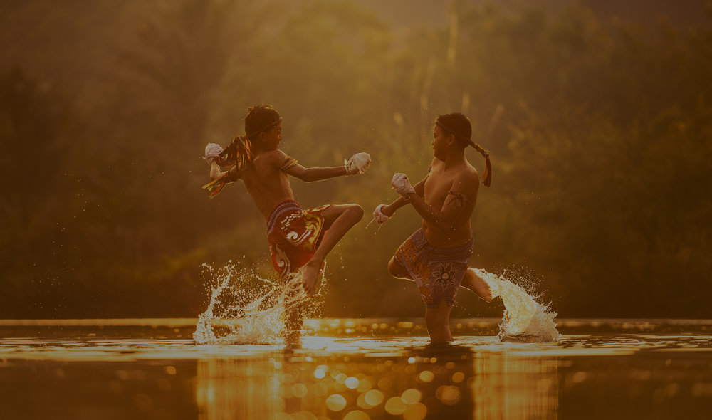 O SONHO DE AVENTURAS EXÓTICAS E RETIROS ROMÂNTICOS. EXPERIMENTE O KITE SURF, NADE COM AS TARTARUGAS OU SIMPLESMENTE RELAXE ENQUANTO SEU MORDOMO OFERECE COQUETÉIS EM UMA PRAIA DE TIRAR O FÔLEGO -