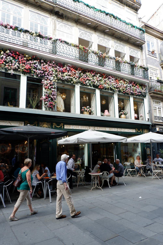 Floral-facade-on-rua-das-flores