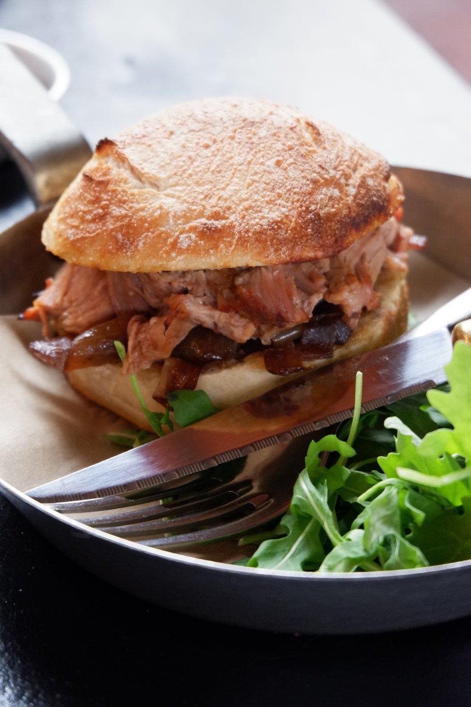 Cantina-32-pork-sandwich
