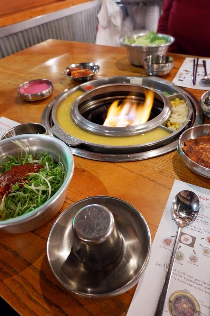 kang-ho-dong-bbq-tablesetting