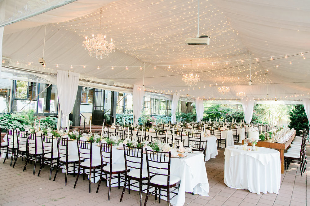 Brock-house-wedding-reception-under-the-tent