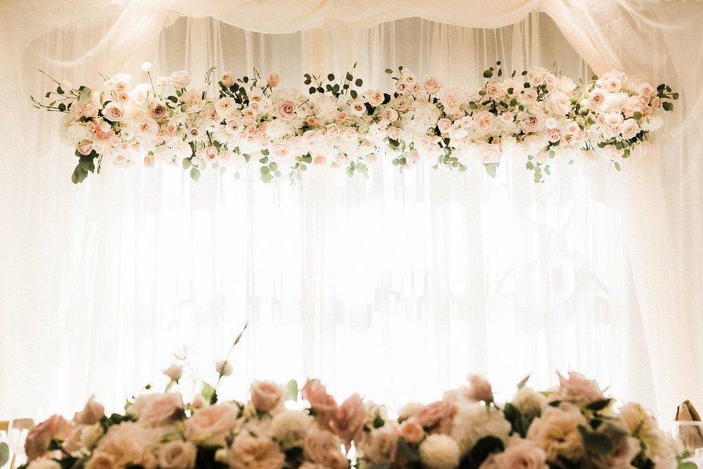 Floating-floral-installation-at-wedding-banquet