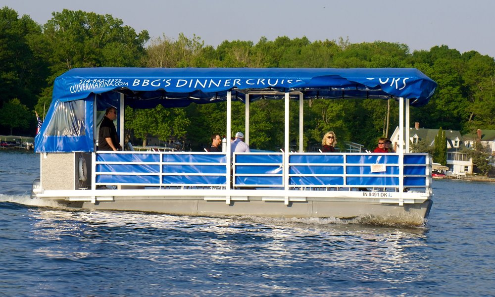 Lake Tour and Dinner Cruise