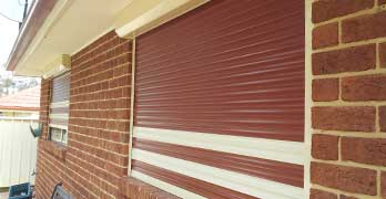 ROLLER SHUTTERS - Roller Shutters have thermal insulation properties that can significantly reduce the heat in the warmer months & retain the warmth and keep out the cold during the cooler months.