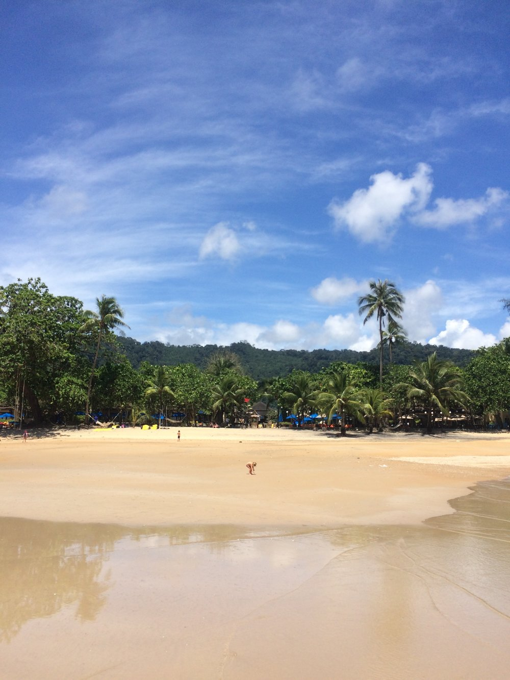 Stunning Khao Lak beach in front of Centara Seaview Resort