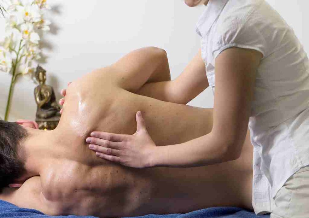 Massage Service in Burton on Trent Swadlincote - Shoulder Pain.jpg