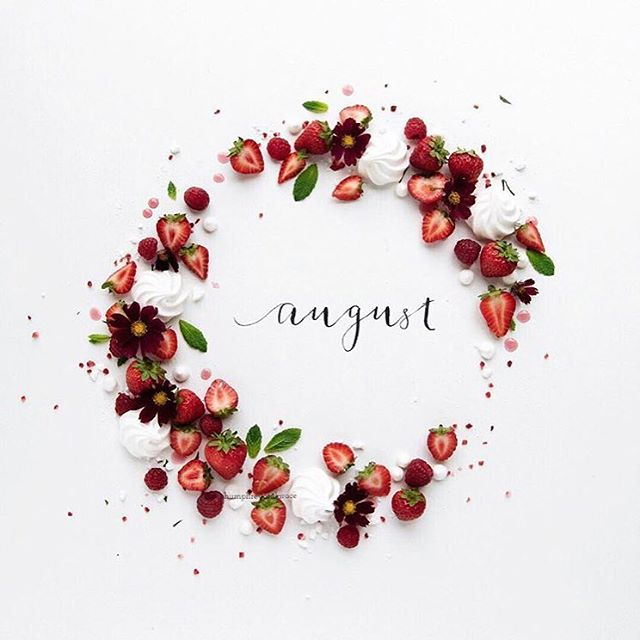The first of the month means the start of new projects and inspiration pouring all around, As we enter August, let it be a month of self discovery. Bienvenue Août 🌺