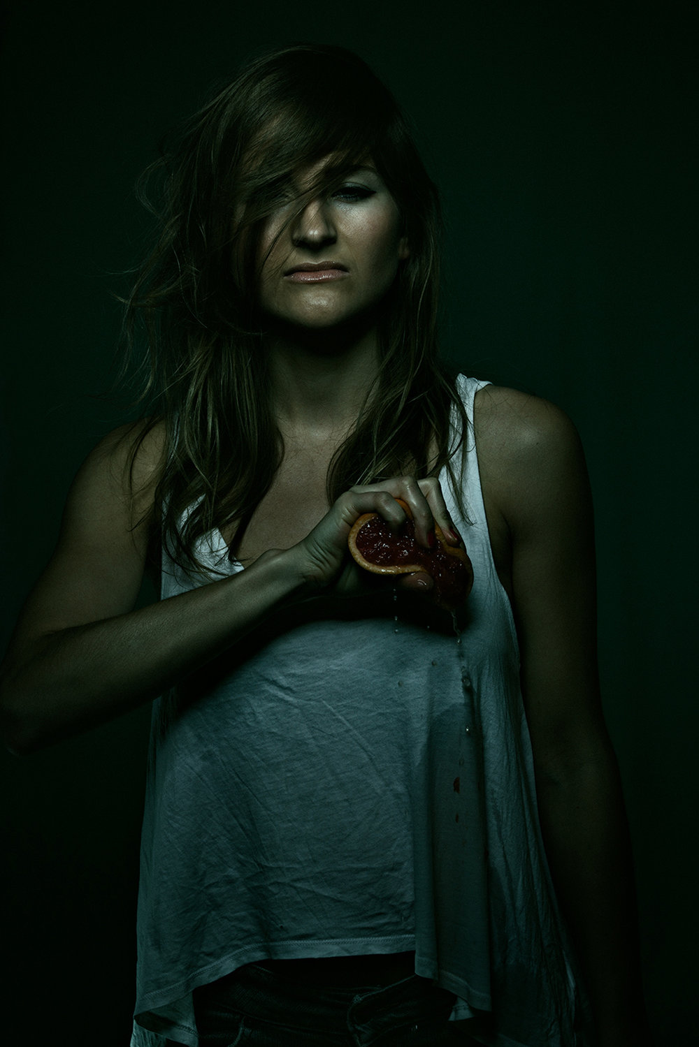 ©TomWoollard_editorial-portrait-beautiful-young-woman-love-pain-heart-broken-dramatic-dark-moody.jpg
