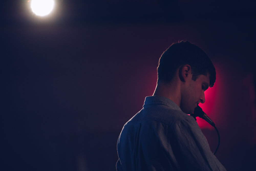 ©TomWoollard_C-HR_Berlin-Festival-editorial-man-male-musician-artist-singer-Marlais-performing.jpg