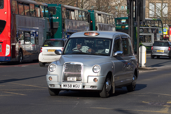 TAXI  Taxi travel within the core of the city will generally range from £5-10. Late at night it is much easier to hail a cab around a populated place or establishment.