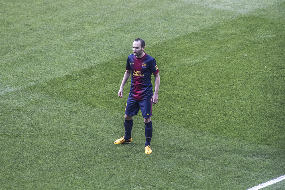 Every single player from FC Barcelona was whistled when they read the starters line up. But as soon as they said Andres Iniesta, the whole stadium got on their feet and started clapping and cheering for him. iniesta is considered a national hero because of his goal in the 2010 World Cup final. It was such a powerful moment.