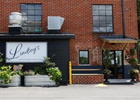 Lindseys-Culinary-Market-photocredit-redandblack
