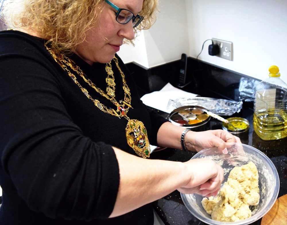Mayor of Aylesbury - The mayor got 'stuck in' and was amazed at how easy it was to create Indian dishes from simple ingredients.