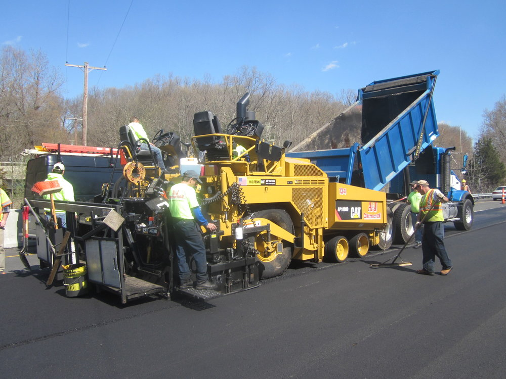 Professional asphalt paving company in Brookfield, CT