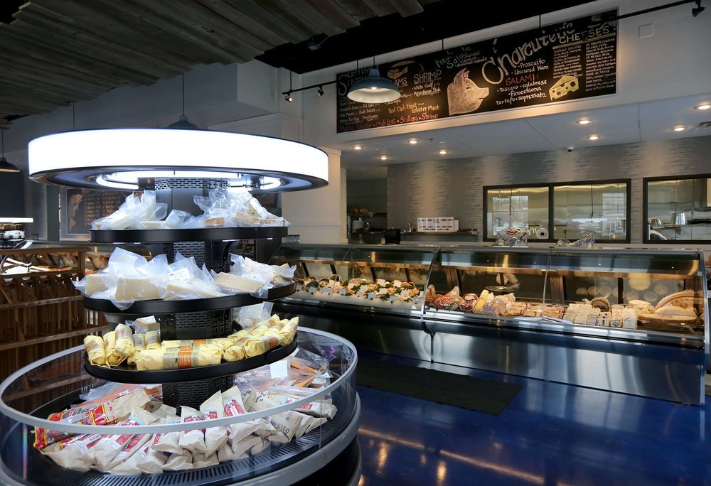 dakota seafood interior.jpg