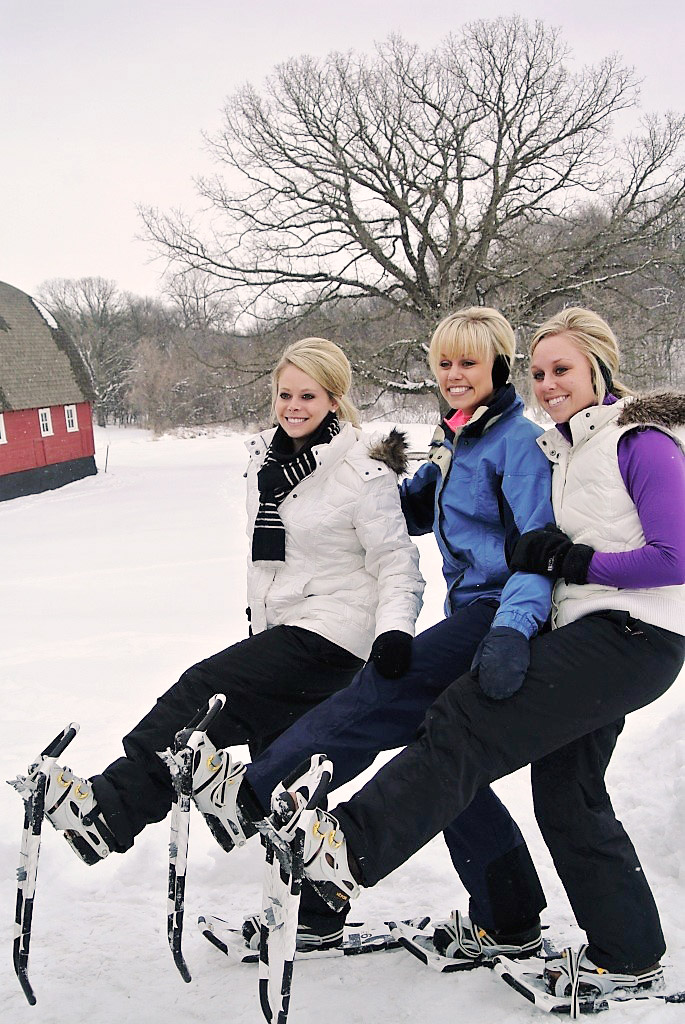 snowshoe ladies!.jpg