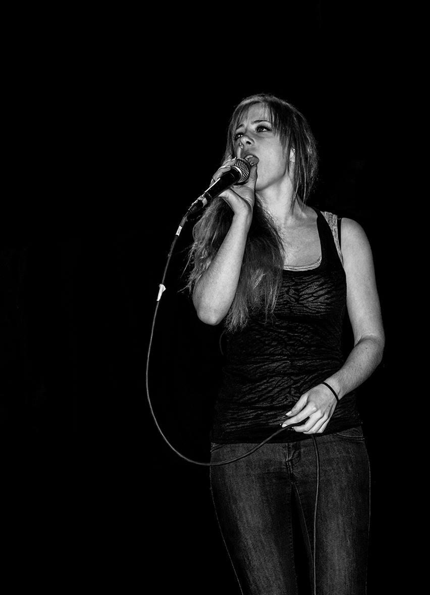 Sara-at-studio-7-01.jpg