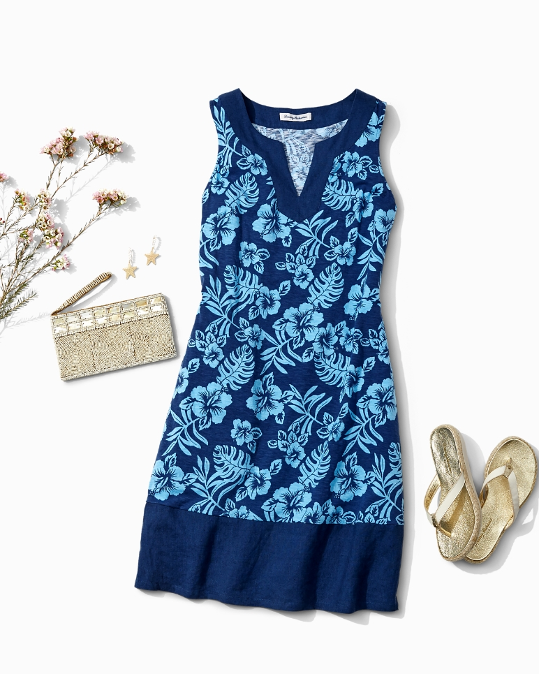 tommy-bahama-hibiscus-dress-soft-goods-stylist-seattle.jpg