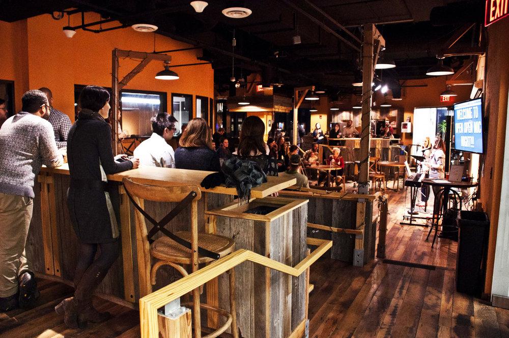 Venture Cafe_s_004.jpg