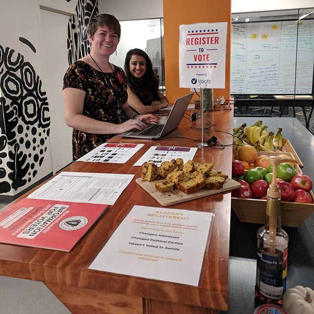#fbf to our staff-organized voter registration booth with CICer Voatz! Boston residents: you still have a chance to cast an early vote today until 5pm. ☑️