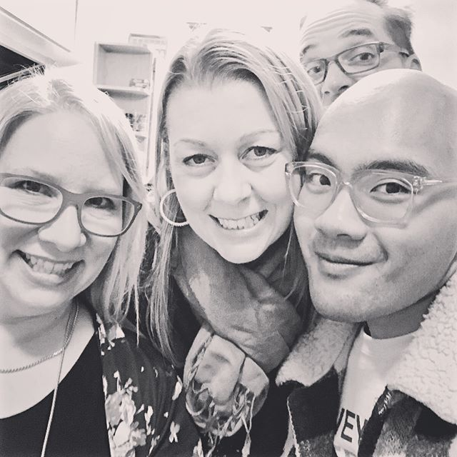 Looks like our #sommelier is having a blast at the #WBC17 celebrating with fellow #canadians @girlsgogrape72, @winewhiskylove, @leeannwine, & @vineyardbirder.  #cheers #winebloggers #winebloggersconference #winery #wineos #winelover #winetime #wineday #canada #instawine #ilovewine #california #californiawine