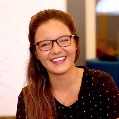 Elyssa stewart profile picture .jpg