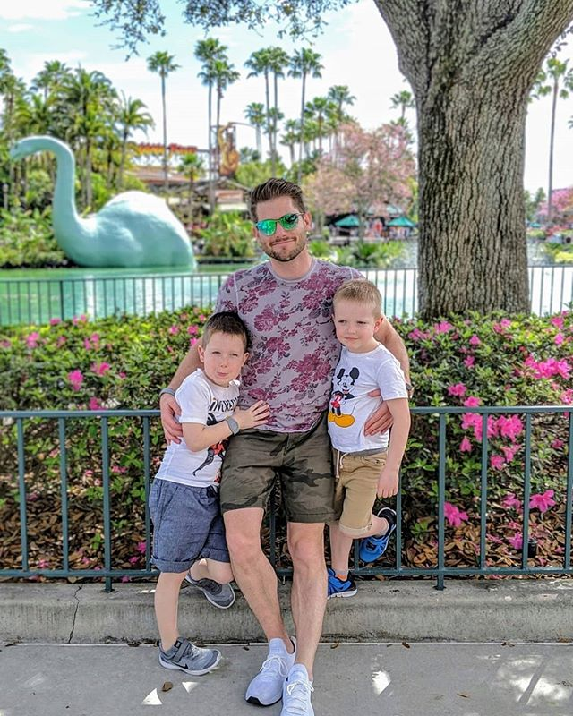 """Can I make a dinosaur pun? You bet Jurassican. 🦕 . The weather, the crew, and the scenery couldn't be more perfect. Finally bringing my kids to @waltdisneyworld after having interned as a horticulturalist here 9 years ago is such a gratifying experience. """"C"""" proudly told everyone who would listen that his daddy used to work here. . I love seeing this place through their fresh eyes. I'm also completely exhausted after visiting just one of the four parks here. 😳 These two rascals have all the Disney magic keeping them going and are ready for more! . 📸 @dlm_silva"""