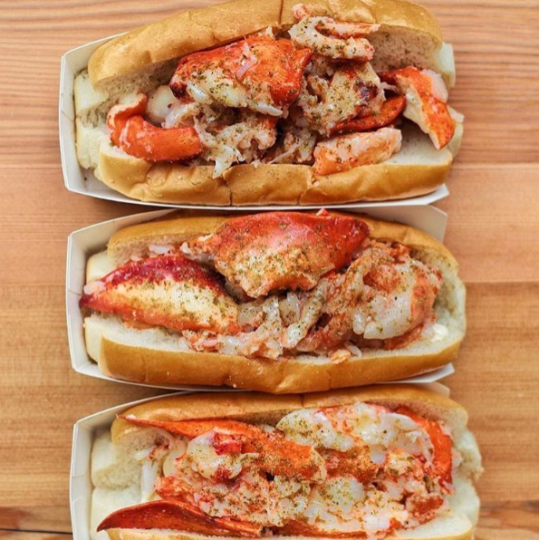 lukes-lobster-rolls.png