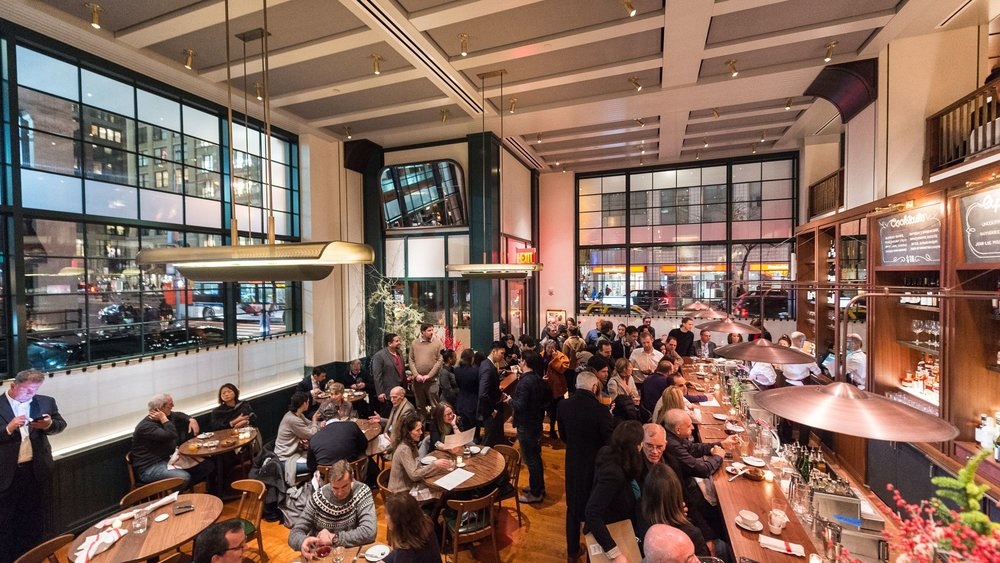Rockwell Group designed the new Union Square Cafe to preserve the familiarity of the original restaurant, but imagine something brand new.
