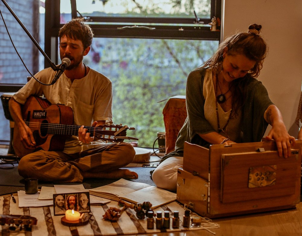 _Hana_Wolf_Photography_UnMind_Community_Kirtan_April_LR-18.jpg