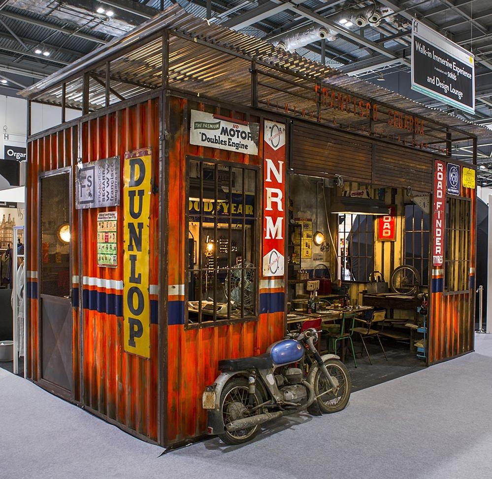 Retro exhibition stand