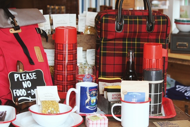 Vintage Thermos Collection from Canvas and Paddle