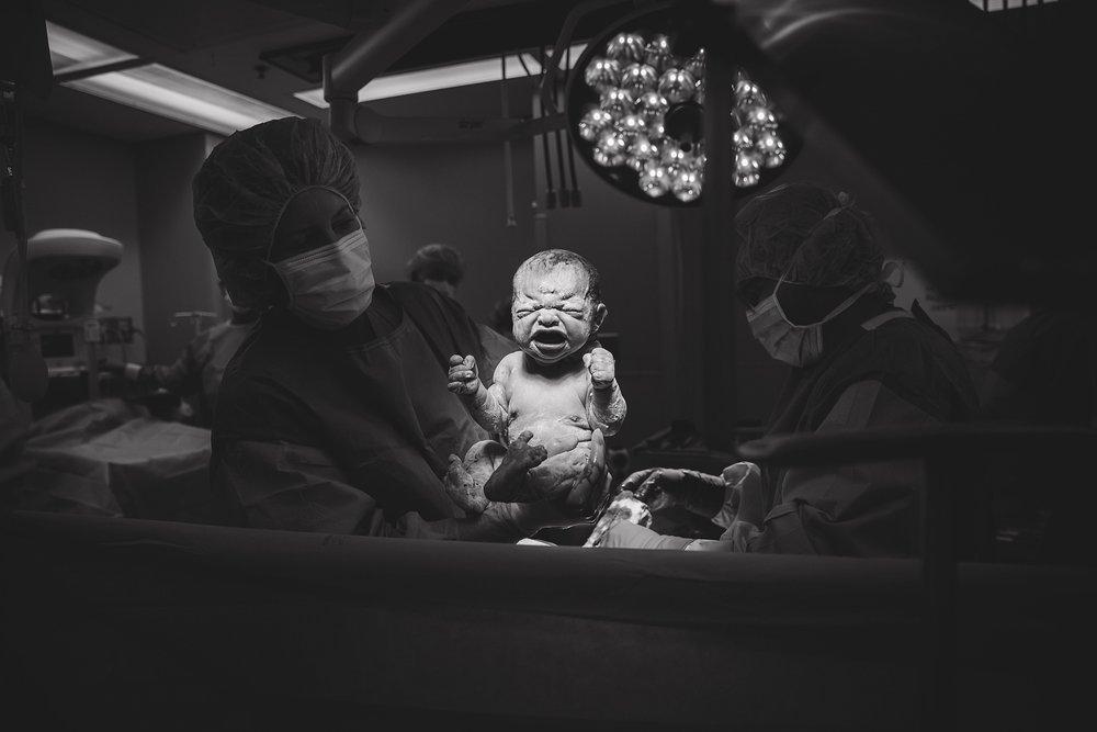 Eivin_Birth_Images-151.jpg