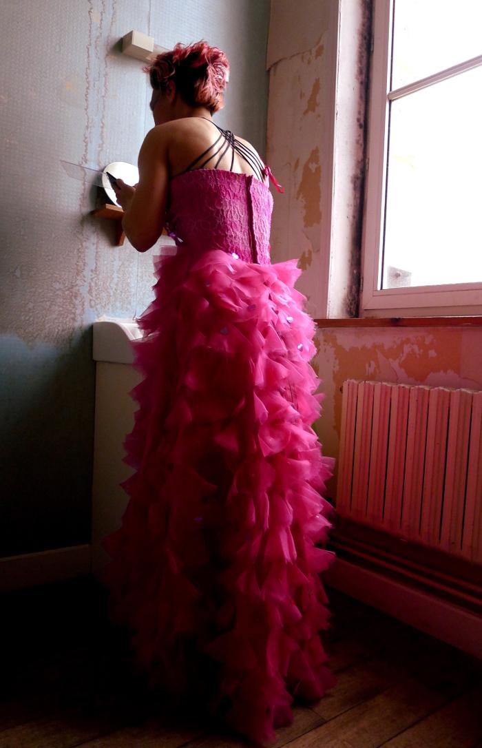 Pink und ich - no way? Die Tänzerin und Tanzpädagogin Birte Opitz im pinken Traum © Alisha Gamisch