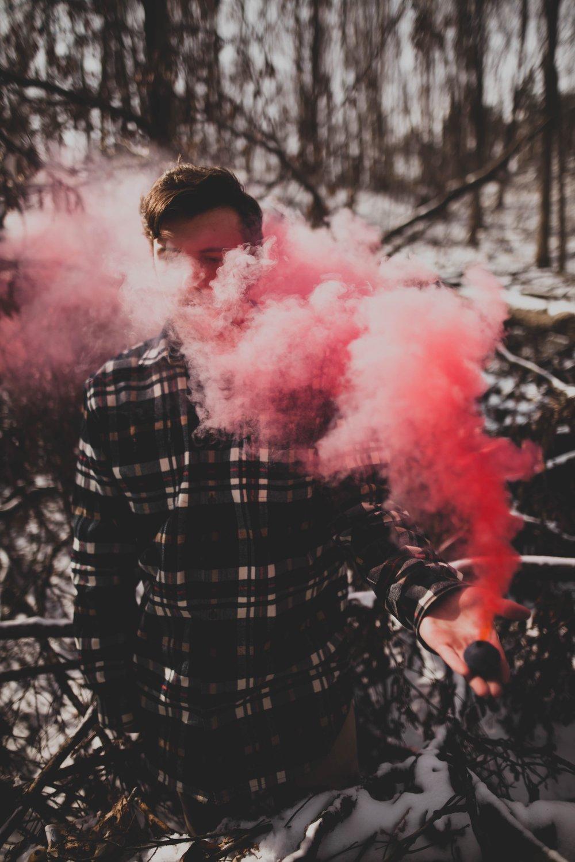 Männer und Pink: Leider für viele noch eine verbotene Liebe.(Foto© Aidan Meyer)