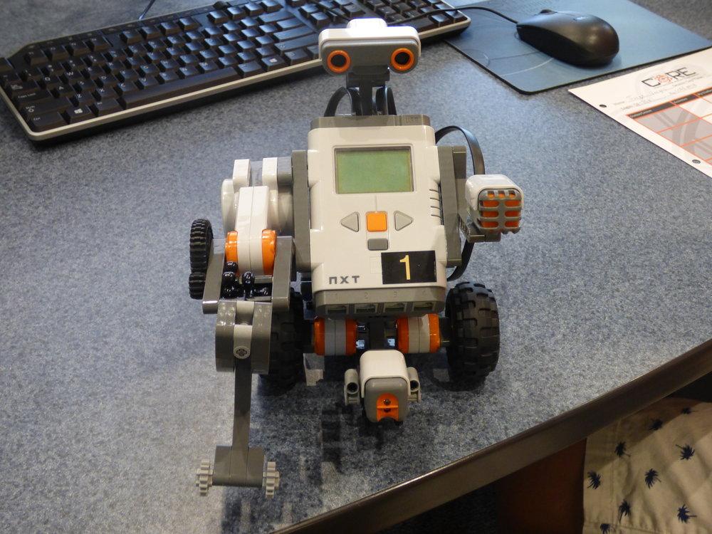 NXT robot.JPG