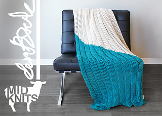 Triangle Color Block Blanket