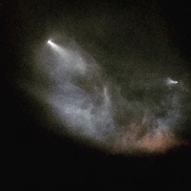 Edge of Space! When I'm not @edgeoffree -ing, I build spacecraft.  View from my backyard a few minutes ago. #spacex  #WeHave8SongsYouNeverHeard  #eponymous  #DeathToOctane #MoreSpaceMoreMuffin #SpaceX  #NoMoneyNoMusic