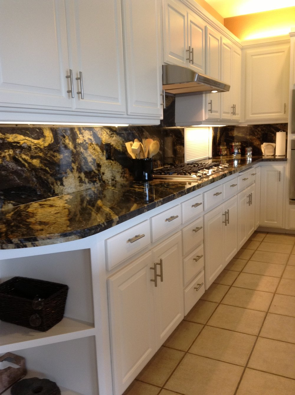 Contemporary Kitchen Remodel Design with Stainless Steel Appliances in Chico, CA
