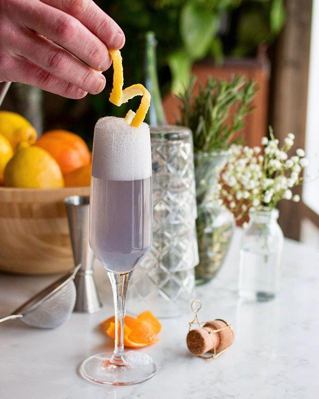"🍋🌿Those Spring vibes & Friday Feels call for a drink called ""La Fleur"" from Le Bar. St George Gin Botanivore, Sparkling wine, Créme de Violette and Lemon. #maisonmarcel #jetaimemarcel #cocktail"