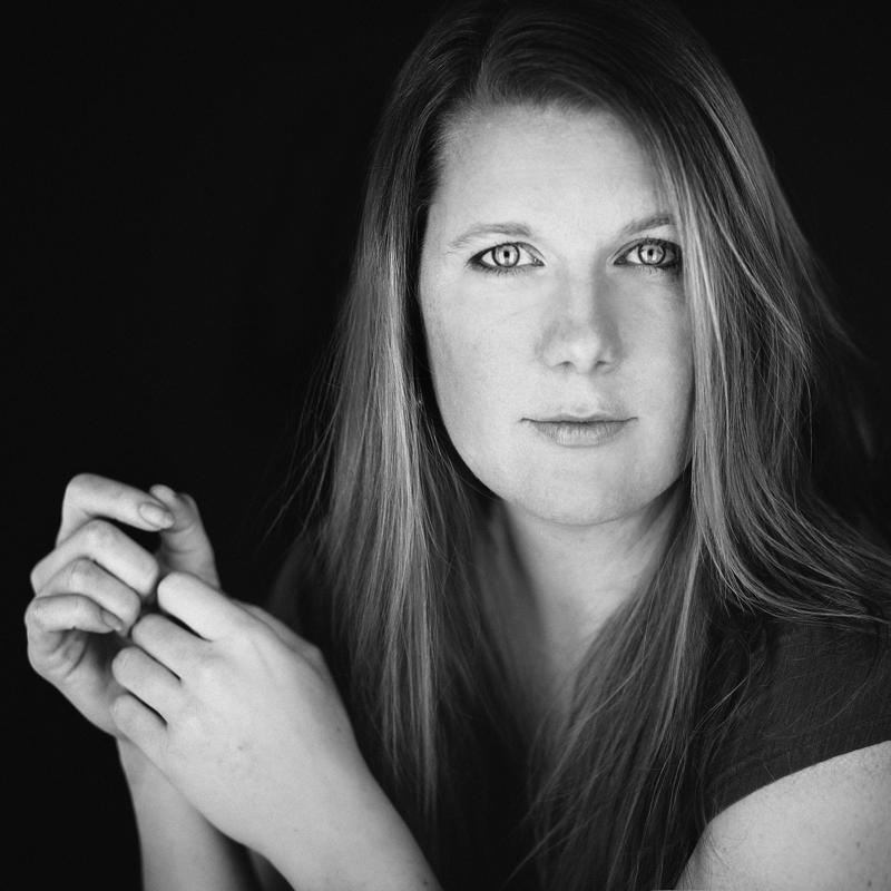Laura Olsen.jpg