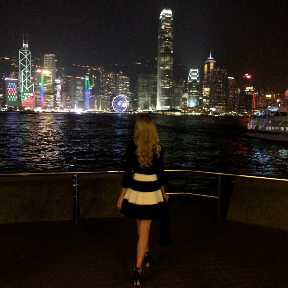 Travel Blogger Katy Johnson does Hong Kong at night.