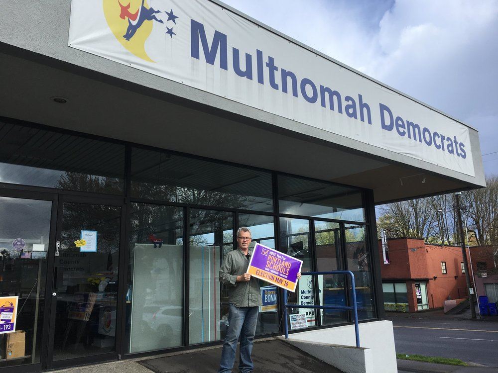 A photo of the Multnomah County Democrats Headquarters. Pick up a lawn sign from their offices on NE Sandy and 30th.